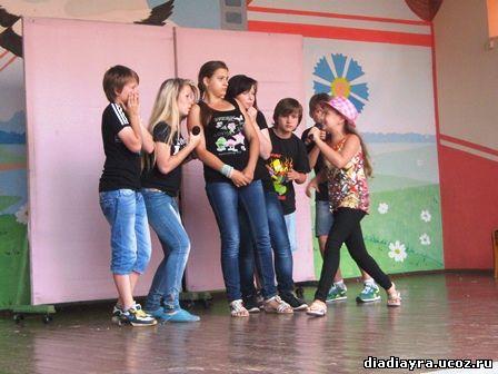 песни миниатюры квн в детском лагере летнем местное
